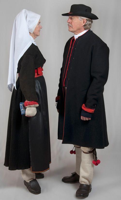 Dräktskick begravning - Boda, Sweden. Institutet för språk och folkminnen