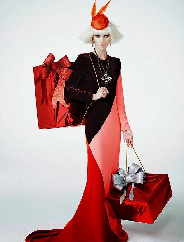 'Entra neste festa!' - Vogue Brazil 2013 December