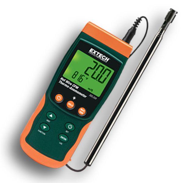 http://www.termometer.se/Handinstrument/Luftkvalitet-Miljo/Varmtradsanemometer-med-stor-display.html  Termo-Anemometer, varmtråd, med SD-logger - Termometer.se  Varmtrådsanemometern 53-SDL350 mäter både lufthastighet och temperatur. Lämplig för mätning av mycket låga lufthastigheter. Slimmad teleskopgivare, perfekt för galler & spridare.    Kombination av varmtråd och standardtermistor ger snabba och precisa mätningar  Avläser maximum/minimum värden med datalagring & framtagning...