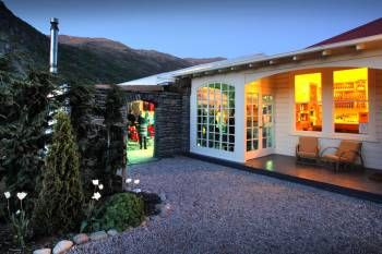 Queenstown wedding venue, the Winehouse