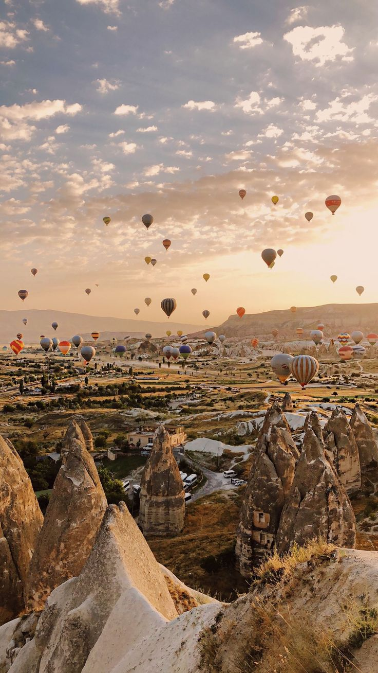The answer to Where is Cappadocia in Turkey and what can you do in this magnificent region? How to get to Cappadocia and everything to know. Beautiful Places To Travel, Beautiful World, Cool Places To Visit, Amazing Places, Aesthetic Backgrounds, Aesthetic Wallpapers, Aesthetic Stickers, Nature Photography, Travel Photography