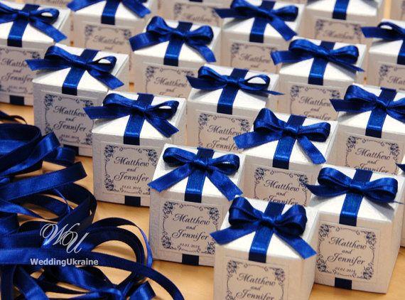 Wedding bonbonniere Favor box with silver bow by WeddingUkraine