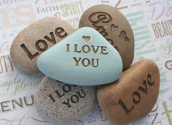 I Love You and more...: Engraving Rocks, Paintings Rocks Heart, Heart Rocks With Quotes, Rocks Quotes, Stones Engraving, Custom Stones, Homes Decoration, Engraving Stones, Rocks Art