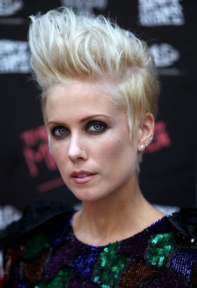 Sarah Smith Fauxhawk: Sarah Smith, Best Hairstyles, Celebrity Hairstyles, Women Shorts Hairstyles, Shorts Haircuts, Hair And Beautiful, Faux Hawks, Smith Fauxhawk, Hair Color