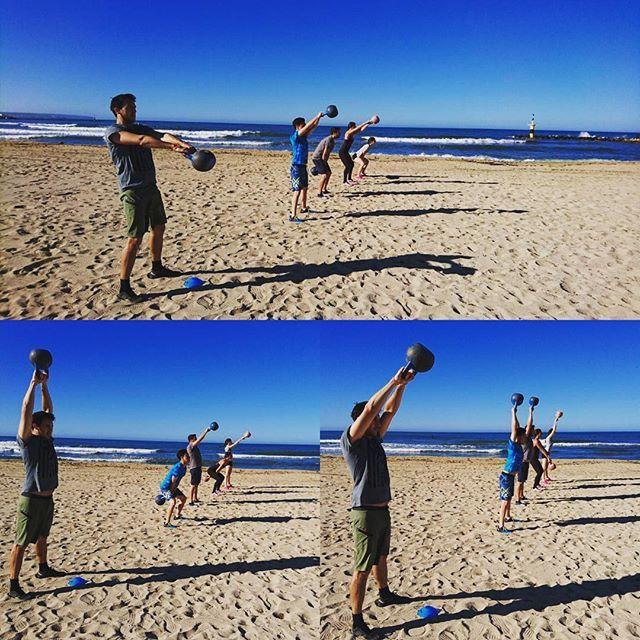 Summer time Saturday in CrossFit Entreno Cruzado. #fortitudinevincimus #crossfitentrenocruzado #sinesfuerzonohayrecompensa