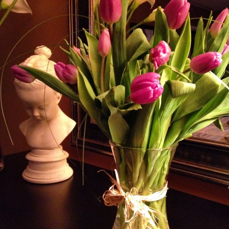 Lilac tulips - Mother's Day treats
