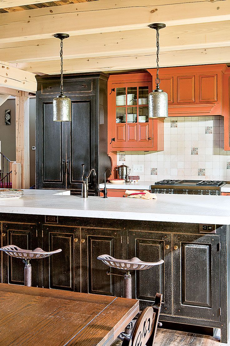 Rustic Kitchen With Reclaimed Wood In 2020 Rustic Home Design Timber House Rustic House
