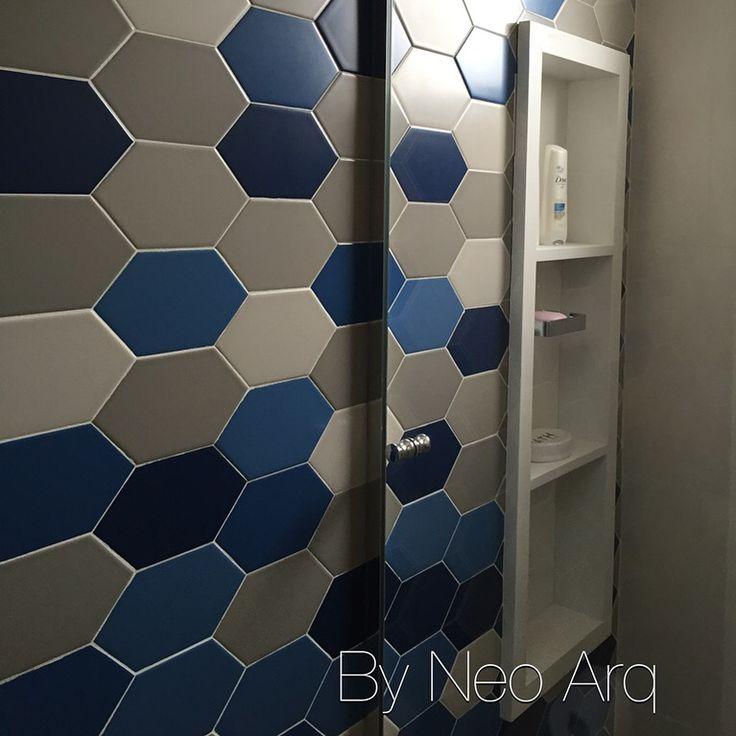 Revestimento Portobello e nicho vertical em banheiro de hóspedes Projeto Neo -> Nicho Banheiro Vertical