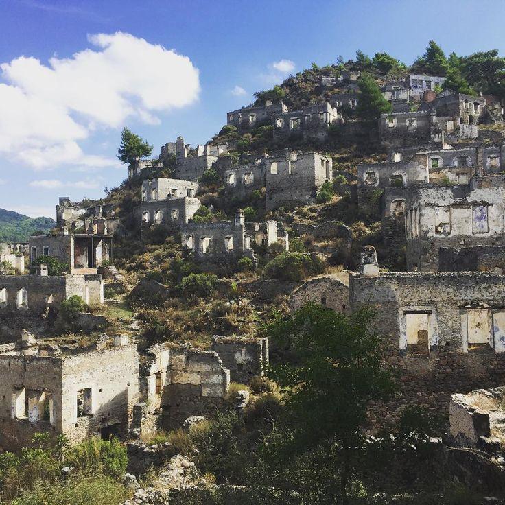 Abandoned Greek Village Settled In 3000 BC, Not