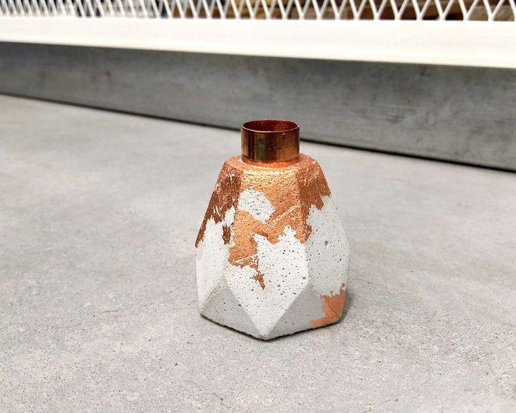 Kerzenständer - Kerzenhalter aus Beton m. Kupfereinsatz Hexagonal - ein Designerstück von Marschland-Berlin bei DaWanda