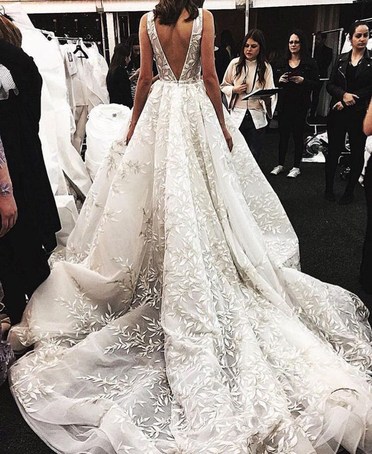 We love the texture of this Paolo Sebastian gown. It's a guaranteed show stopper!  Click the link below  to see even more #AustralianWedding Dress Designers you should know about!    http://aisleperfect.com/2016/11/25-pretty-perfect-australian-wedding-dress-designers.html