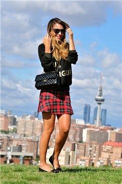 La mejor moda bloguera de la semana falda tartán | Galería de fotos | Mujerhoy.com