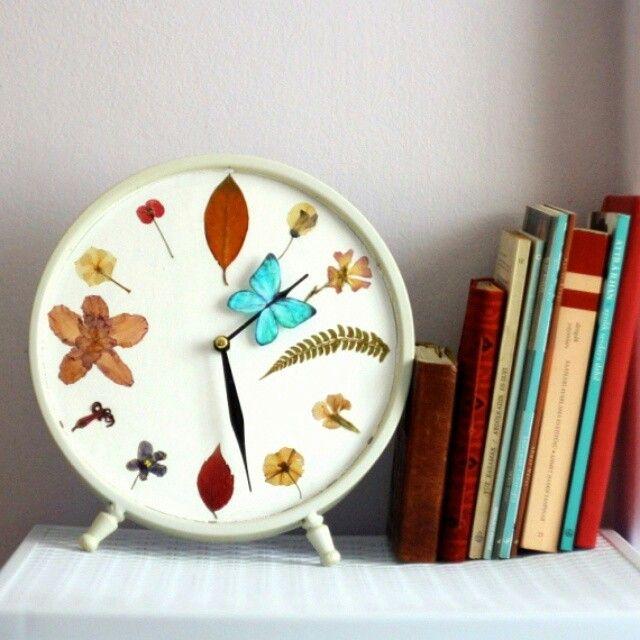 #design #painting #clock #pressedflowers #butterfly