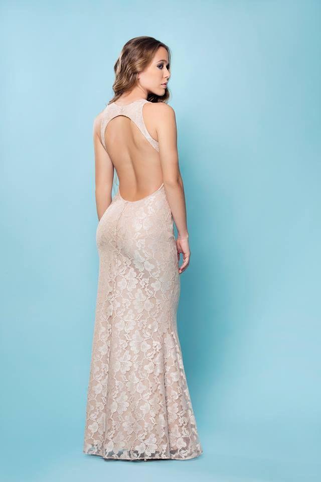 las mejores expresiones y sensaciones dentro de un vestido, este es el momento para verte bien en todo momento para tus grados y matrimonios.
