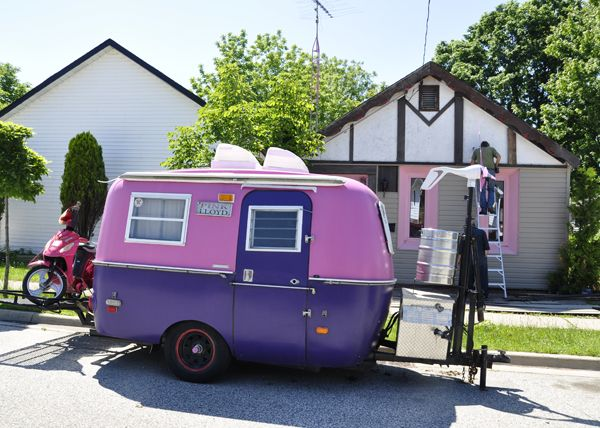 31 Of The Coolest Pink RVs Youll Ever See Rv TrailersCamping