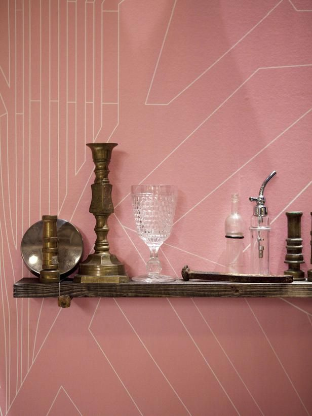 Vintage accessories line the wall in Brooks Atwood's HGTV Star vignette. (http://www.hgtv.com/hgtv-star/hgtv-star-photo-highlights-from-episode-1/pictures/page-24.html?soc=Pinterest)