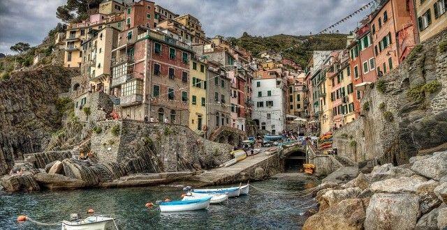 Le Village de Riomaggiore – Italie - Ligurie