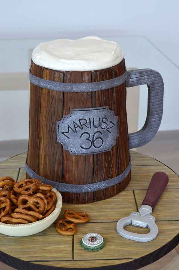 Beer Cake Design Ideas : 25+ best ideas about Beer cakes on Pinterest Beer ...