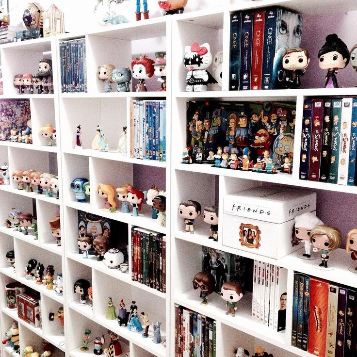Best 25 nerd room ideas on pinterest nerd cave geek for Geek bedroom ideas