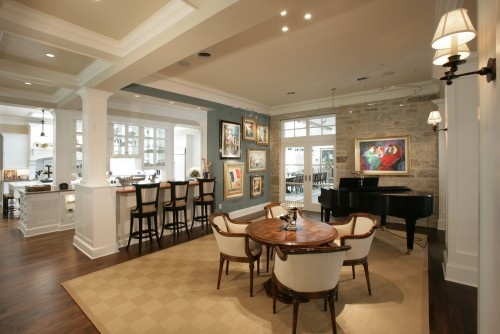 I Like The Craftsman Style Column Inside House Would Carry On Theme From