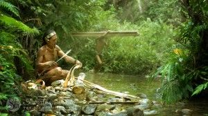 mentawai-shaman-preparing-traditional-cloth-from-sagu-tree-bark2_siberut-island_sumatran-trails-001