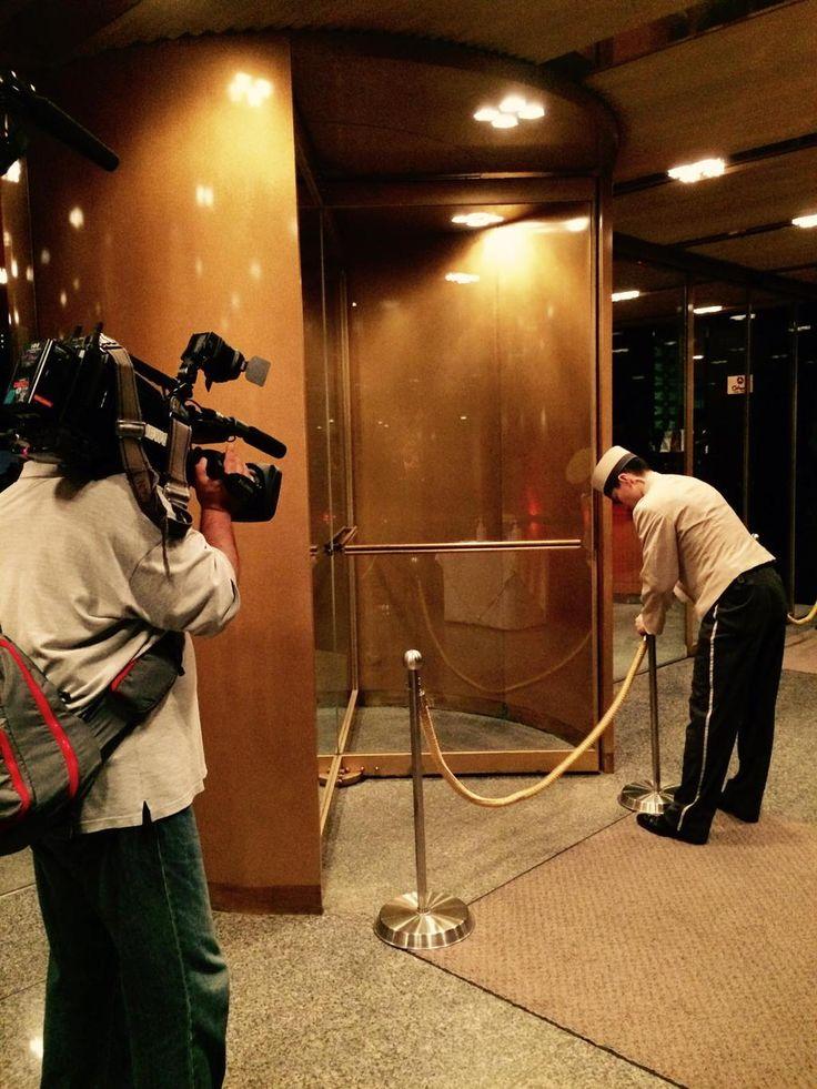 1962年の創業開始から一度も閉じられることの無かった、ホテルオークラ本館の正面玄関の扉が、ついに閉められました。#casabrutus