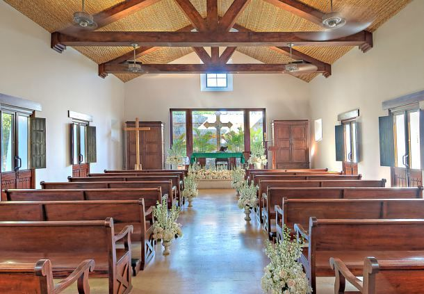 The  Ermita Chapel is a highly sought after wedding venue. http://bit.ly/1YbAy5W #lizmoorepanamaweddings @jwmariottpanam
