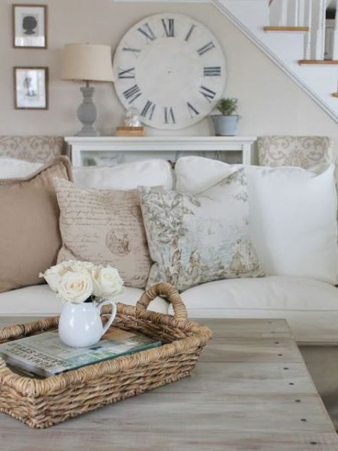 27 Comfy Farmhouse Living Room Designs To Steal: 17 Best Ideas About French Country Living Room On