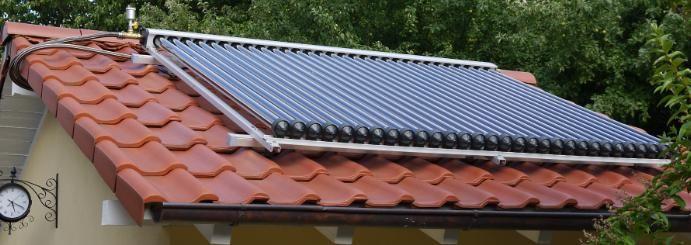 EUROTHERM-Solar Vakuumröhrenkollektor mit 30 Röhren zur Poolheizung  #Eurotherm-Solar #Poolheizung #Solarthermie