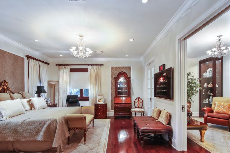 The master suite at Villa Dwora is surrounded by refinement and comfort. It offers a large sitting room, private terrace, his & hers bathroom, walk-in closets and more! #SupremeAuction #LuxuryAuction #Miami #CoralGables #MiamiMansion #MiamiRealEstate #Florida #FloridaRealEstate #ResortStyle #Auction #KoiPond #MediterraneanMansion