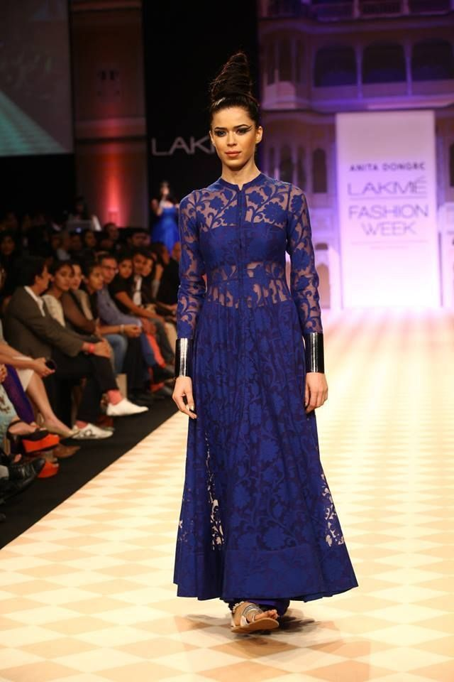 Anita Dongre's lace anarkali in a midnight blue - navy blue lace anarkali - Indian couture - Indian wedding fashion - Indian designer - modern Indian wedding - Indian bridal fashion #thecrimsonbride