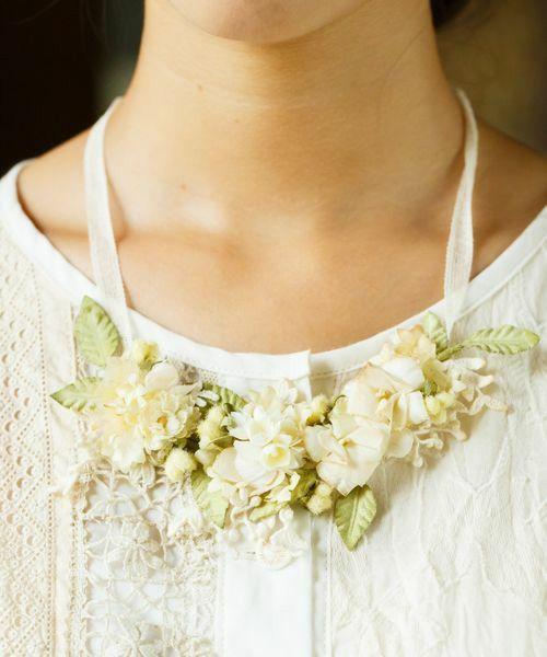m.soeur(エムスール)のツルリーフとお花のネックレス(ネックレス) 詳細画像