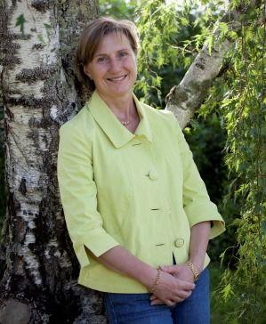 Leanne De Bortoli is one of the doyenne's of the Australian wine industry. Read her fabulous story: http://fabulousladieswinesociety.com/2014/02/leanne-de-bortoli-de-bortoli-wines/ @De Bortoli Wines #debortoli #wine #aussiewine #yarravalley @Yarra Valley