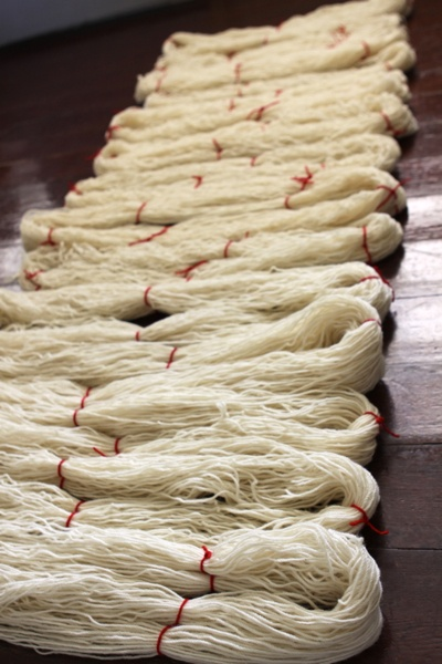 Preparing to dye wool yarn:  How to use a niddy noddy to make beautiful hanks