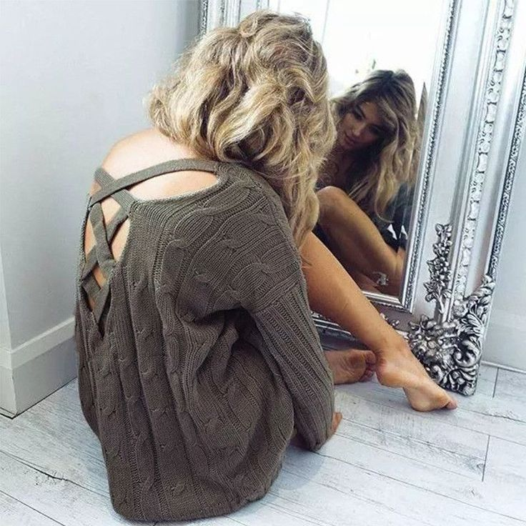 Sexy V-Neck Long Sleeve Backless Top Sweater