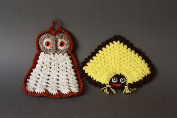 Set of two Whimsical Crocheted Pot Holders Mama by GoGoBerlinette