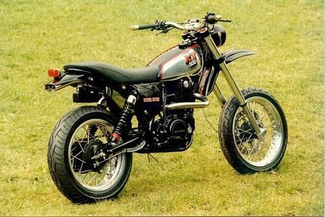 Yamaha XT500 check the exhaust
