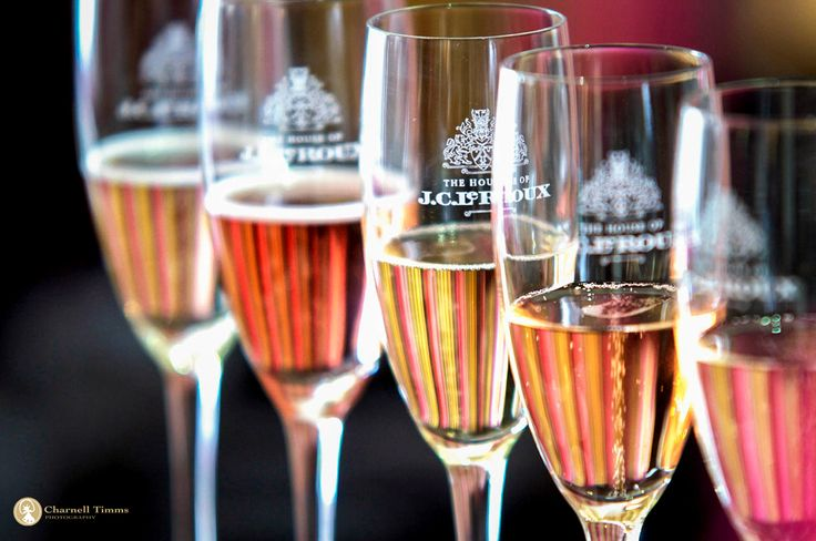JC LE ROUX bubbling over with Champagne/Sparkling wine tastings