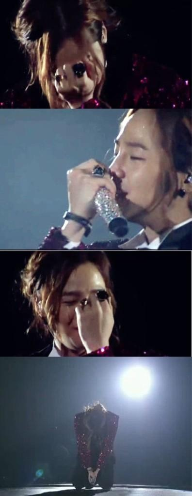 "Jang Keun Suk ♡ #Kdrama #PrinceJKS 2012 - this was taken at CriShowII in Japan. JKS couldn't stand and couldn't speak when he was presented by a blimp by the Japanese fans. He was so grateful and so surprised. He said, ""I'm in a panic, what do I do now? I'm so touched. I won't cry cos I'm a man. Thank you all..."" U could see the tears welling up and the red nose... ❤️❤️❤️"