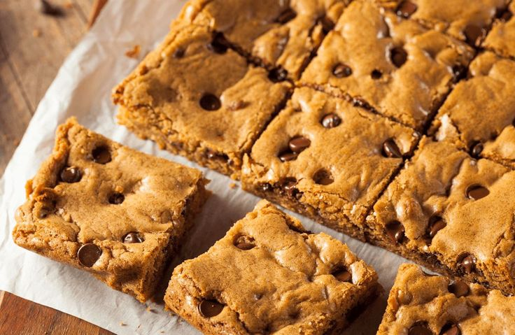 Flourless Chocolate Chip Chickpea Blondies Recipe