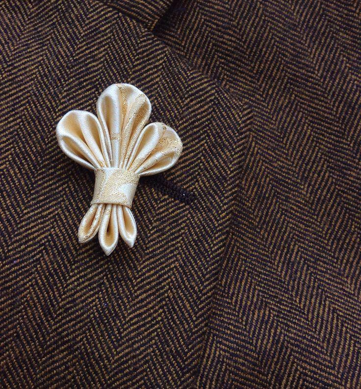 Mens Lapel Pin Flower Lapel Pin Fleur de Lis Custom Lapel Pin Silk Boutonniere Gold Lapel Kanzashi Brooch Groomsman Gift For Him Wedding Dad by exquisitelapel on Etsy https://www.etsy.com/listing/254346096/mens-lapel-pin-flower-lapel-pin-fleur-de