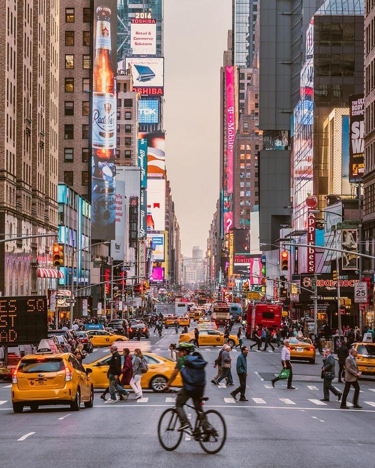 New York City Feelings - Times Square by @javanng