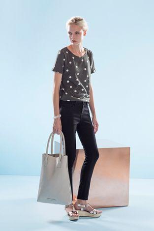 Elk | Lookbook | Dot to Dot Tee | Metallic Tresko Clogs| Oslo Skinny Jeans | Kleur Tote Bag in Chalk