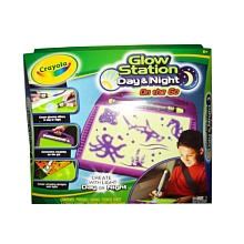 """Crayola Glow Station - Day and Night on the Go - Crayola - Toys """"R"""" Us $14.99"""