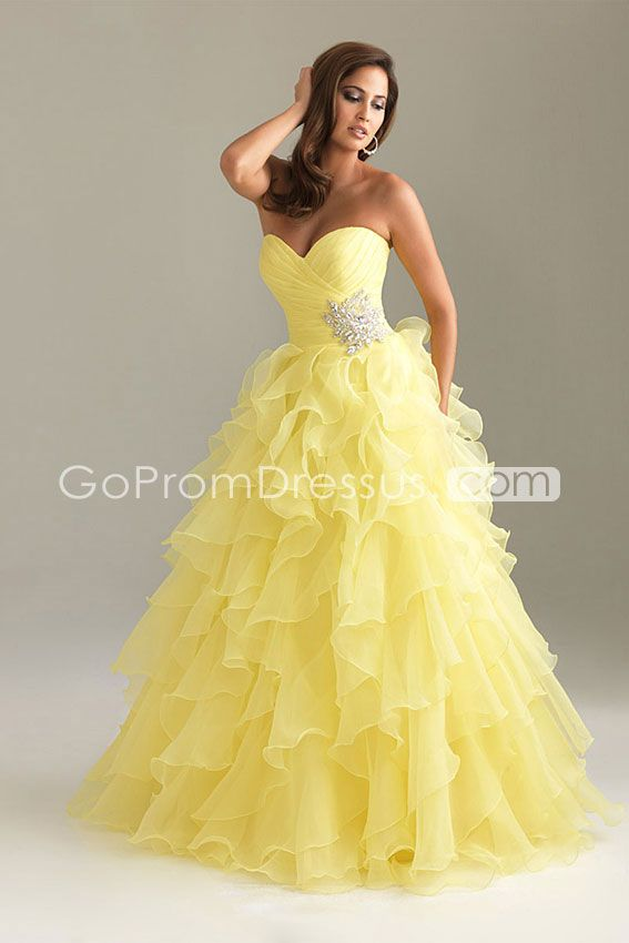 does anyone know where cheap prom dresses are sold at in soddy daisy?
