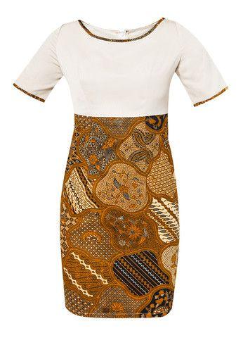 Evanthe Sekarjagad Dress dari DhieVine. Dress bernuansa earthy dengan desain klasik yang timeless. Traditionally sophisticated!- Katun, katun twist- Cokelat- Kerah bulat- Lengan pendek- Resleting belakang- Regular fitUkuran pakaian normal, fit S-M