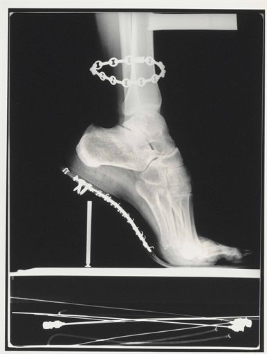 helmut newton, x-ray, french vogue, paris, 1994