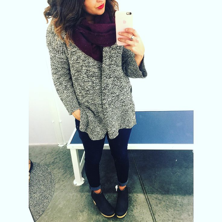 I  a cozy cardigan. I love the colors of this #ootd! Paired with clogs that are to die for and a gauze scarf  #OldNavyFinds Chunky knit open front Kimono sleeve(s) $44.94 (oatmeal color) Knit scarf ( in store only) Rockstars $34.94 Clog boot $42.94 #oldnavystyle #cute #me #instafollow #happy #beautiful #girl #instagood #fashion #instalike #purpose #happy #simplechic #style #swag #fashion #pretty #ootd #cheapfinds #affordablefashion