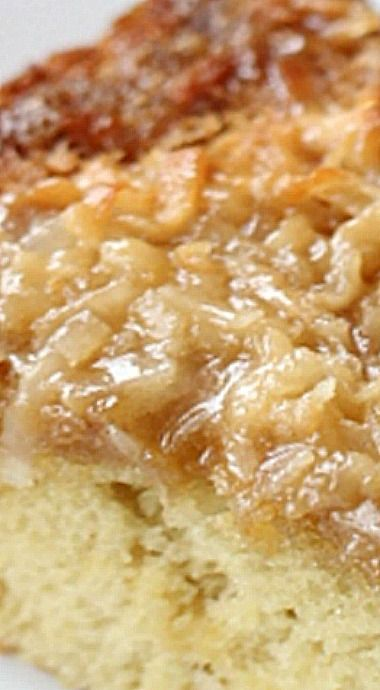 Grandma's Lazy Daisy Cake - a lovely, moist vintage cake with a single layer of yellow cake and crowned with a broiled brown sugar and coconut topping. ❊