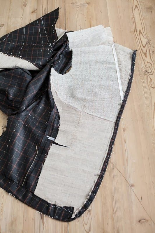 Egon Brandstetter Bespoke Tailor, Berlin | Inside view of a bespoke jacket | #PadStitching #BespokeSuits #Handmade  This is my next project- pad stitching for tailored jacket!